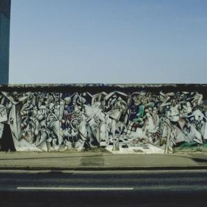 """Mural """"Chaos"""" von César Olhagaray"""