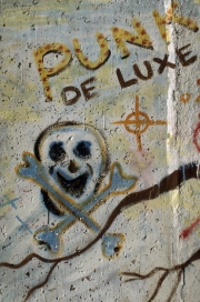 PUNK DE LUXE