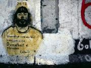 """Graffito """"Unendlich sind das Universum und die Dummheit des Mens"""