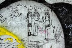 """Illegal """"Alda, Lia & Noka"""" on protected Art Work """"WAITING FOR A NEW PROMETHEUS"""" by Sándor Rácmolnár"""