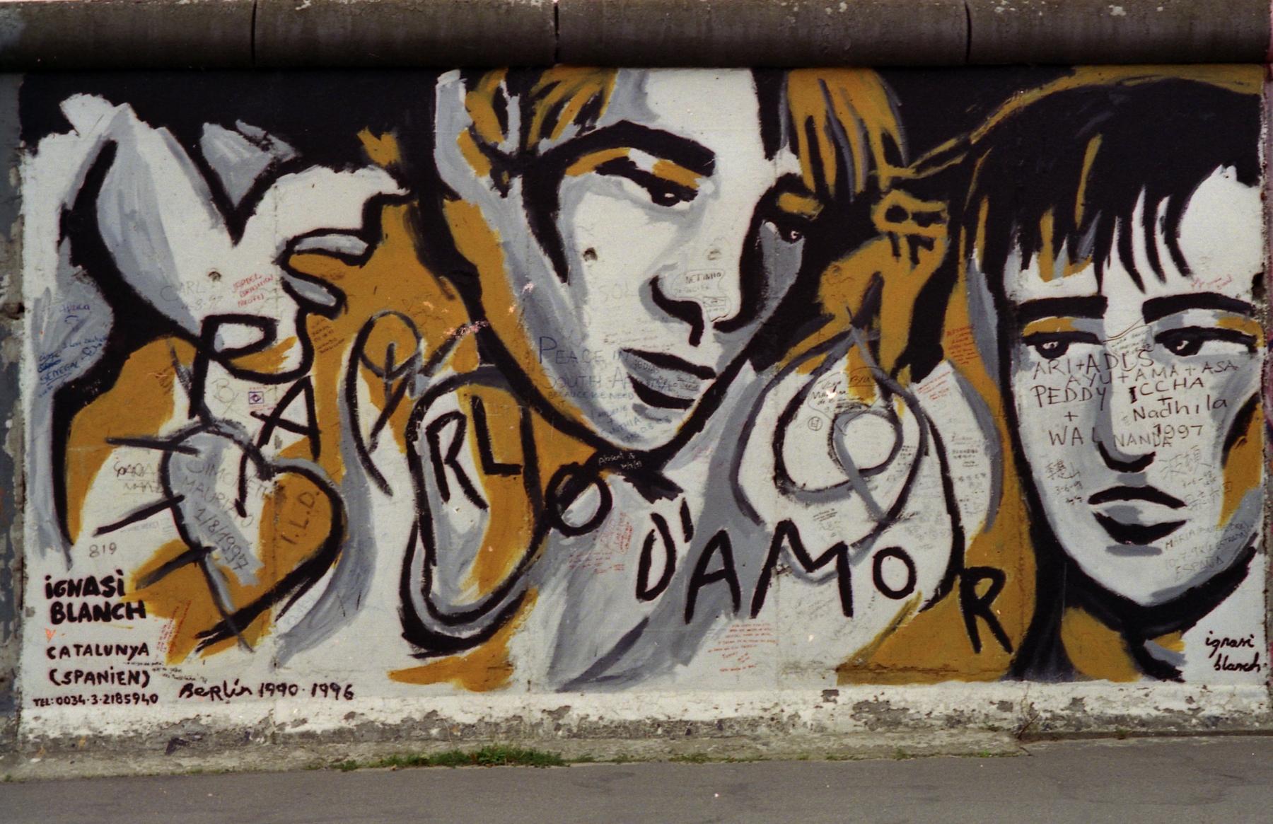 """Mural """"PARLO D'AMOR"""" (Ich spreche über Liebe) von Ignasi Blanch"""