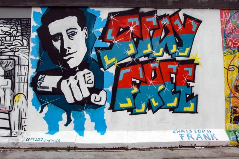 """Mural """"STAY FREE"""" von Christoph Frank  (Restaurierte Fassung)"""